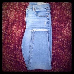 NWT High-waisted Modern Skinny Jeans
